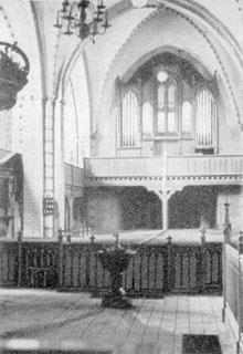 Taufstein in der Kirche um 1930